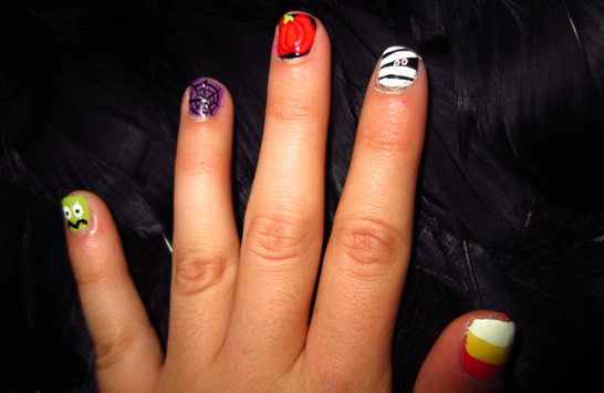 Little Girls Hairdos: Kids Halloween Nail Art!