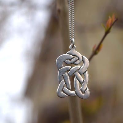 https://www.etsy.com/listing/594206927/celtic-knot-necklace-vintage-sterling?ref=shop_home_active_15