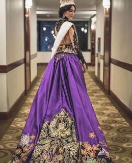Foto Baju Kebaya Songket Batik Miss Internasional