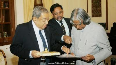 Representational: Dr. Kalam with Dr. Verghese Kurien.