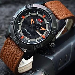 contoh jam tangan kece merk Swiss Army