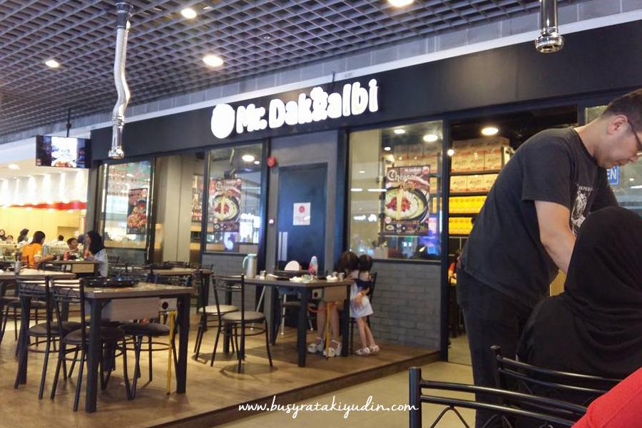 korean food, mr dakgalbi, ramen, kimchi, cheese, fried rice,