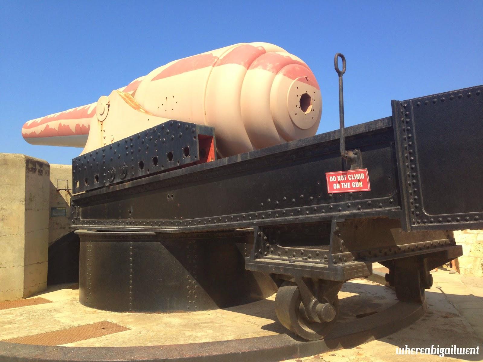 Fort Rinella 100 ton Cannon
