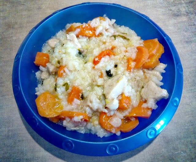 delikatny schabik dla dzieci potrawka ze chabu z ryzem i warzywami schab w warzywach danie jak ze sloiczka obiadek dla dzieci niemowlat