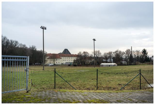 """Sportplatz """"Platz der  Einheit"""" Zeitz"""