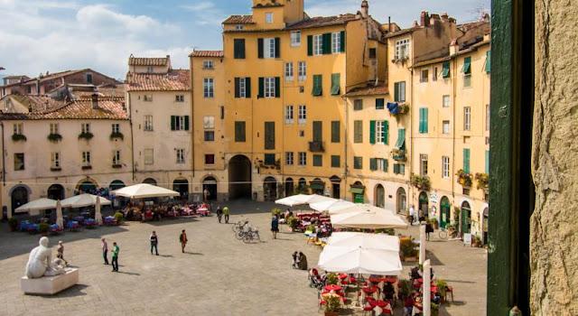 Região próxima a Piazza Anfiteatro em Lucca