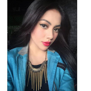 Biografi Kezia Karamoy