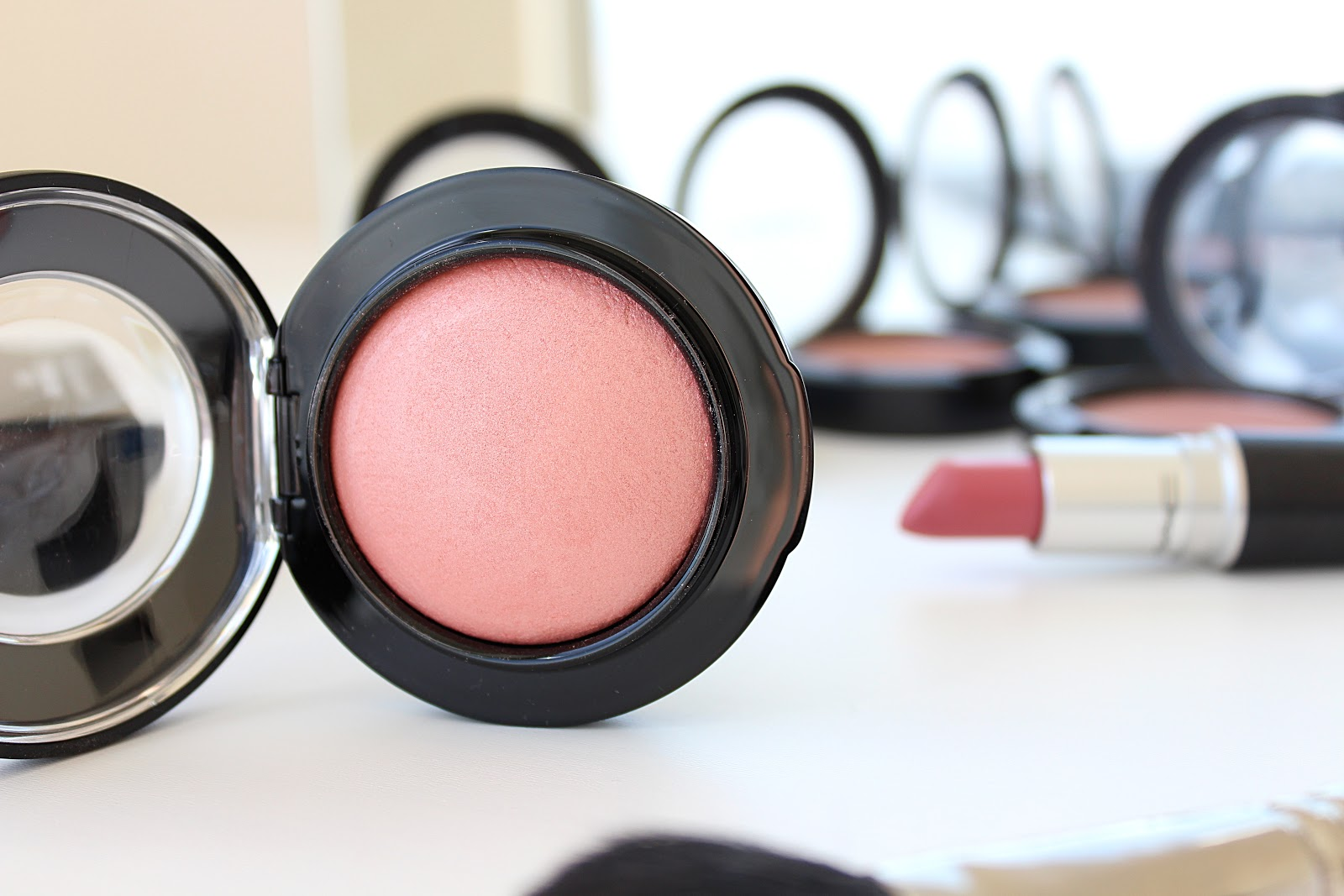 MAC Mineralize Blush in New Romance - Review and Swatches