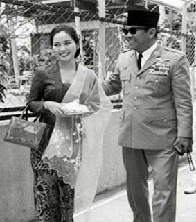 Ratna Sari Dewi Istri Soekarno