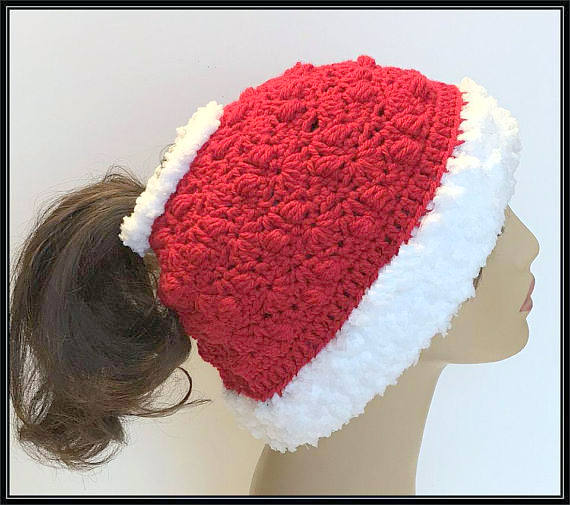 messy bun christmas hat crochet pattern