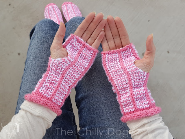 Loom Knit Fingerless Gloves Pattern : Clover Oval Loom Fingerless Gloves Pattern The Chilly Dog