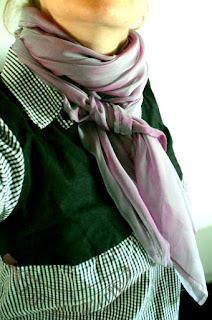 http://banannafrip.blogspot.fr/2016/05/le-foulard-en-soie.html
