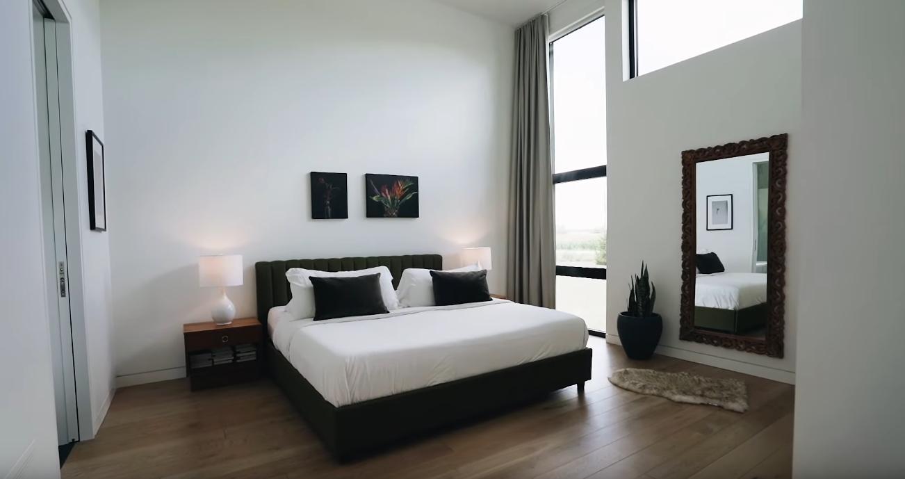 Home Interior Design Tour vs. 5542 Winston Churchill Blvd, Erin, Ontario