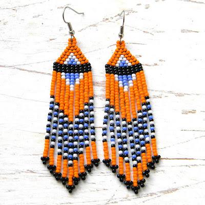 Яркие оранжевые серьги из бисера этнические украшения купить
