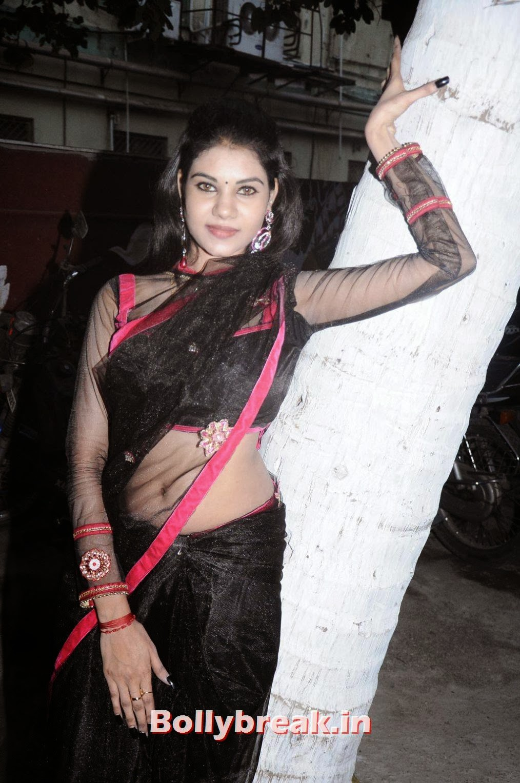 Adultmoviexxx Minimalist tamil actress nivisha pics in black transparent saree - 12 pics