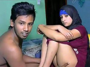 Sexy Hot Muslim Girl Pics