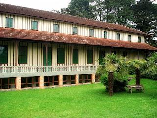Grande Hotel - Construção Original de Madeira - Canela (RS)