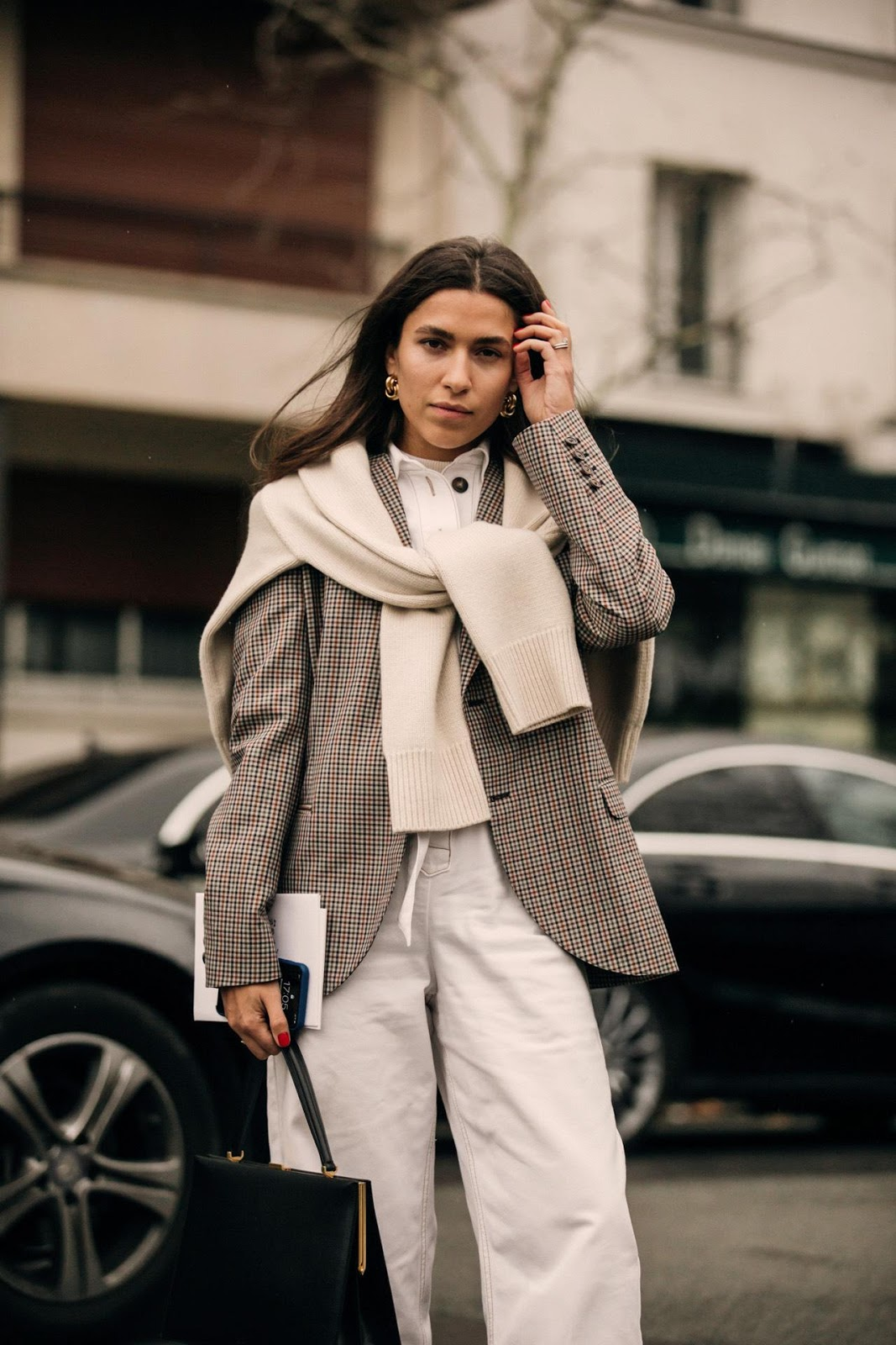 19 Stylish Sweaters to Tie Over Your Shoulders for Fall
