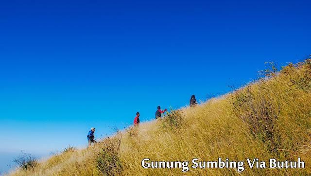 pendakian gunung sumbing via kaliangkrik