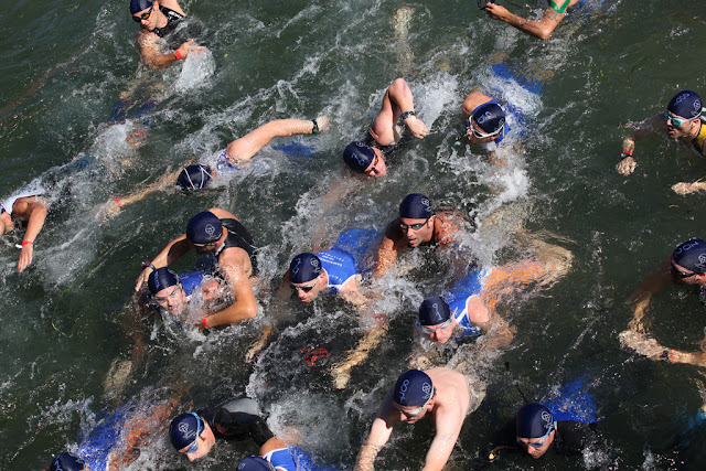 Raby Bay Triathlon 2001, photograph by mushu2011 on Flickr, some rights reserved