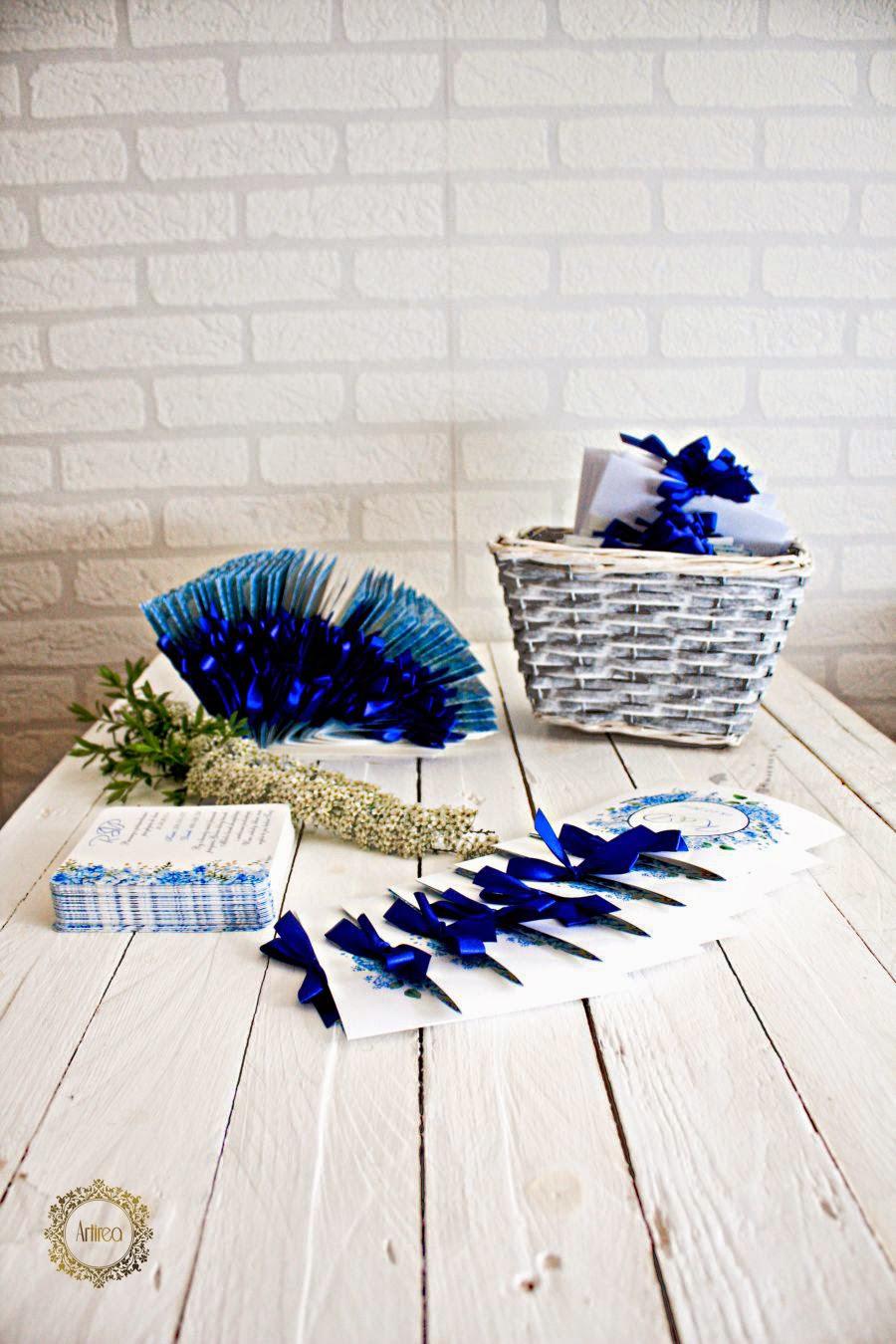 nietypowe zaproszenia ślubne niebieskie