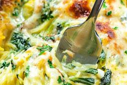 Cheesy Garlic Parmesan Spinach Spaghetti Squash