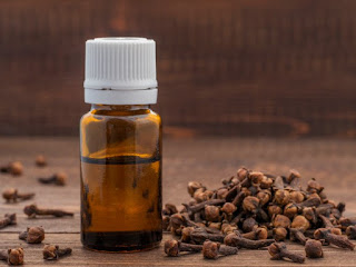 3 Ways to Use Cloves to Ease Toothache clove