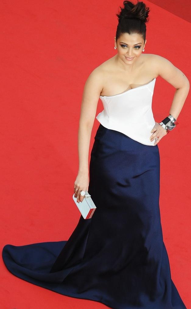 Babes Sexy Xxx Hot Aishwarya Rai Bachchan Beauty Queen Of -2892