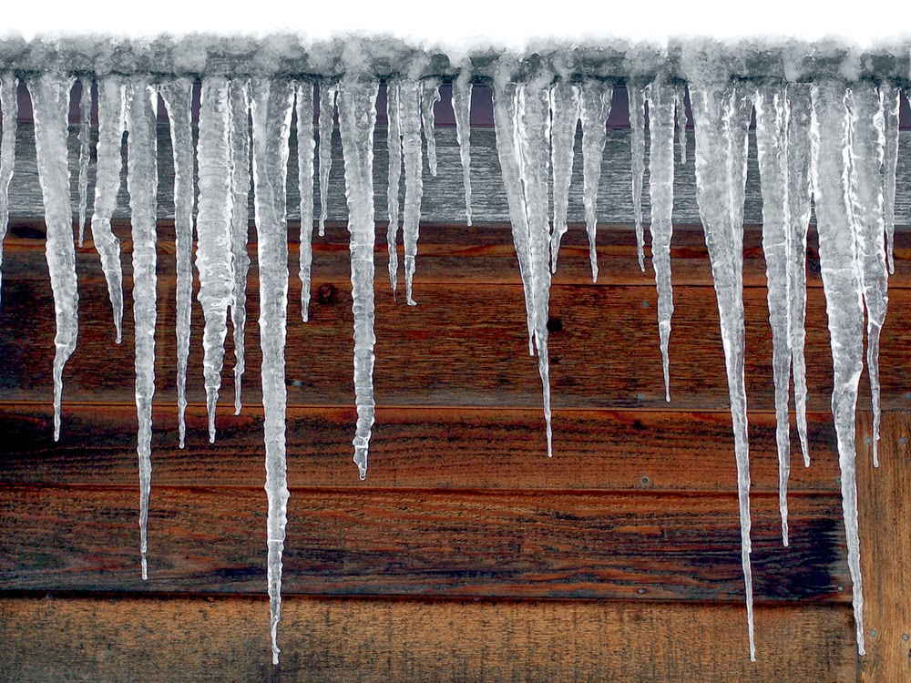 How To Avoid Icicle Damage To Your Roof