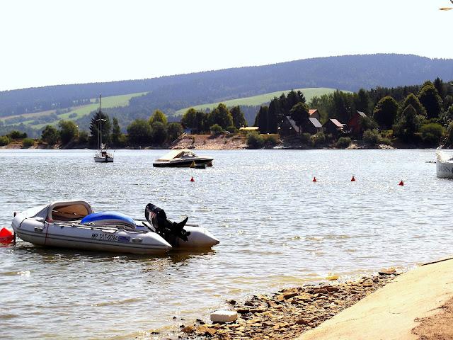 Wakacyjny wypoczynek nad Jeziorem Orawskim w Namestovie