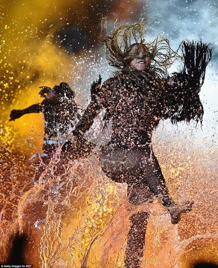 Photos Video Beyonce Kendrick Lamar Shut Down The 2016 Bet Awards Stage With An Opening