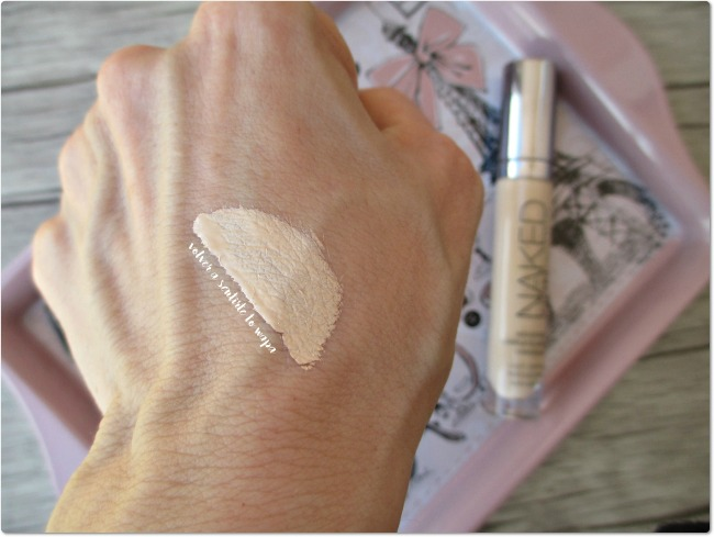 Corrector SKIN de Urban Decay - tono Light Warm