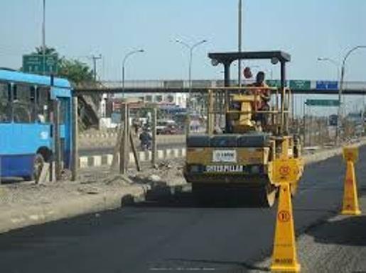 Repair work on the Apapa wharf roads in Lagos
