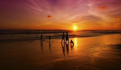 pantai parangtriting beach yogyakarta