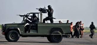 Gambar Aksi tempur kopassus TNI AD Indonesia