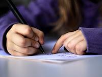 Pola Pengembangan Teks/Paragraf Deskripsi