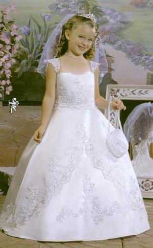 vestidos de primera comunion con guantes