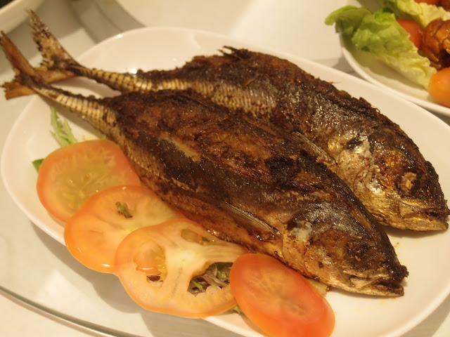 Hard Tail Fish stuffed with Sambal Chilli