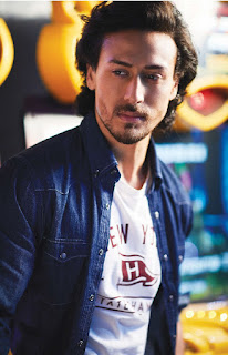 TigerShroff.MansWorld.2.jpg