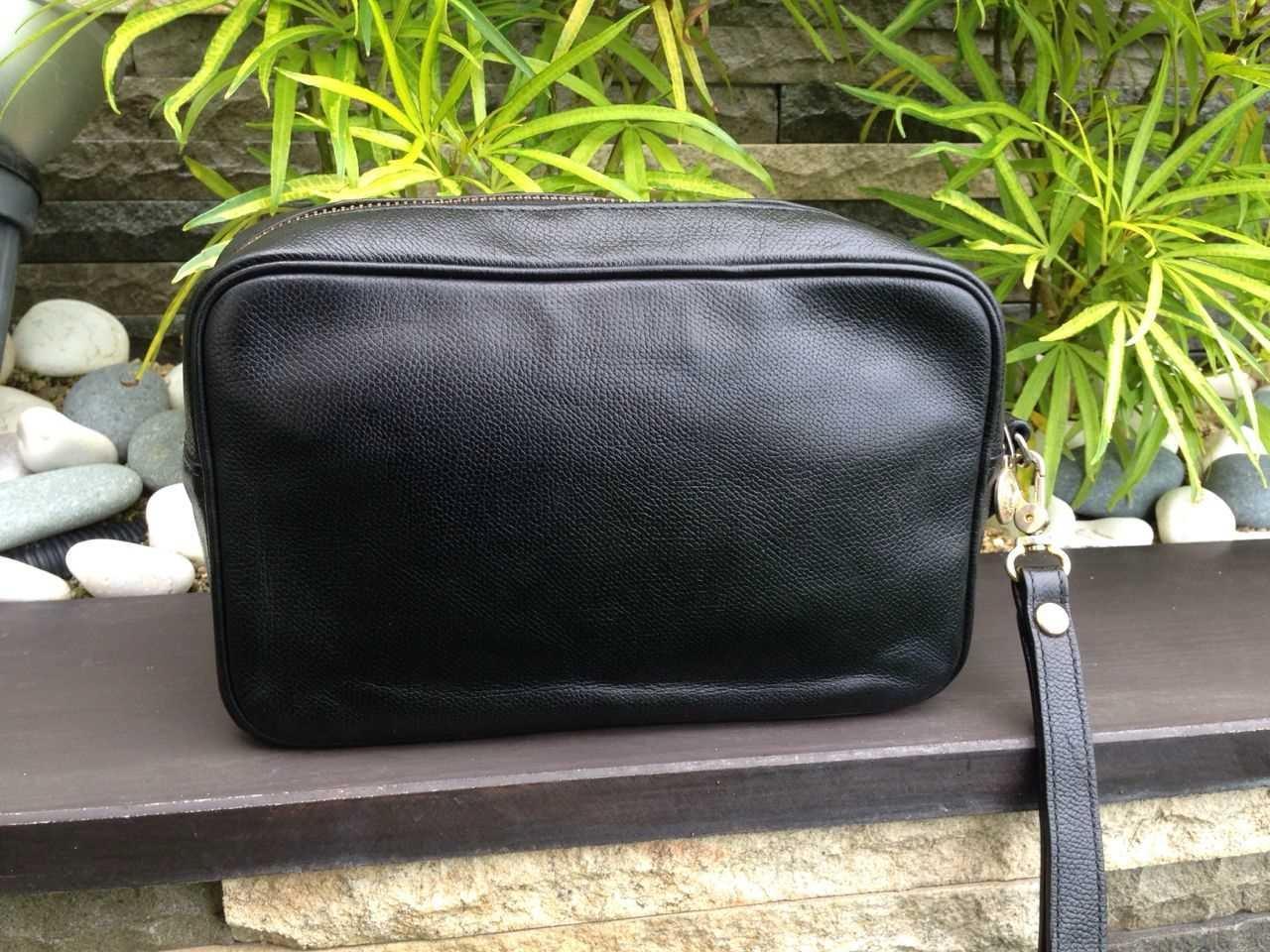 eae161e8987b Truly Vintage  Authentic Yves Saint Laurent Black Leather Clutch Bag