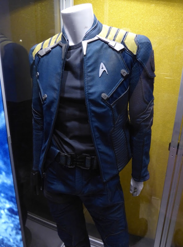 Star Trek Beyond Captain Kirk Starfleet film costume