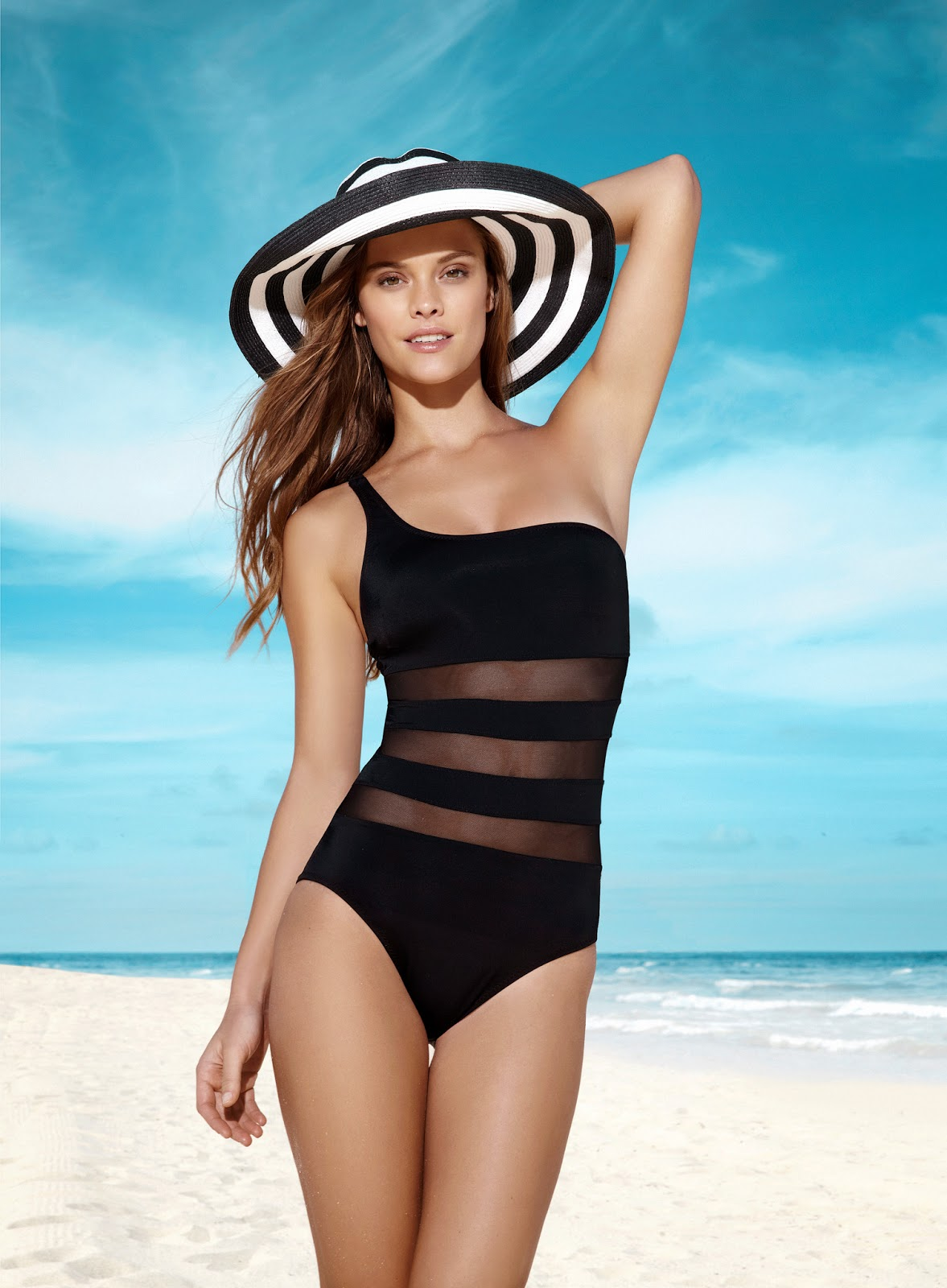 The Khoongboon swimwear store offers the limitless sportswear, activewear, and the most attractive bikini to make you feel beyond beautiful in swimsuits. So buy your favorite bikini & swimwear at a cheap price. Coolest collection of activewear is ready to make you more fashionable.