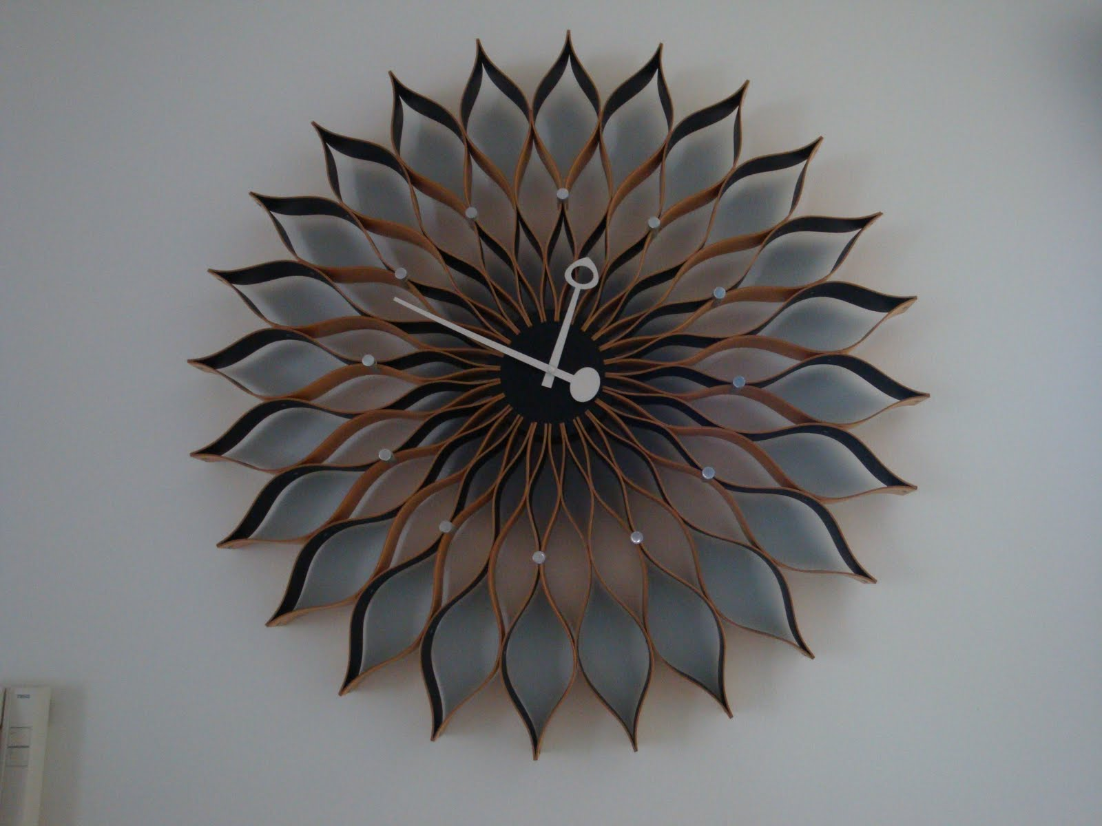 Collect Chairs George Nelson Sunflower Clock by Vitra