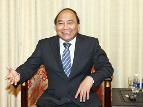Resultado de imagen de vietnamita, Nguyen Xuan Phuc.