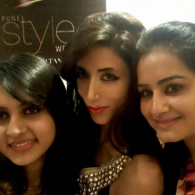 selfie with shivali singh, Pune Style Fashion Week Pics 2014