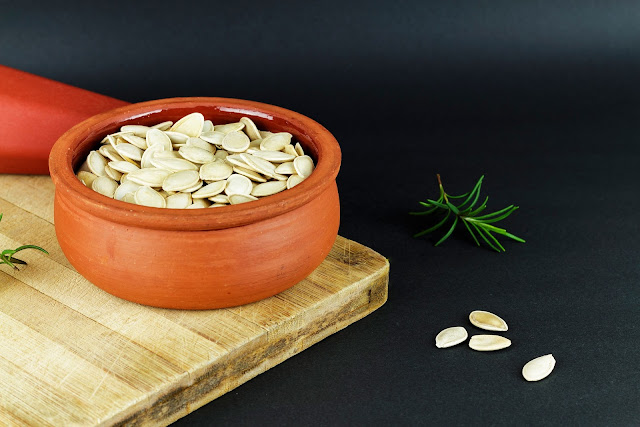 Pumpkin Seeds. Eat so what. Smart ways to stay healthy by La Fonceur