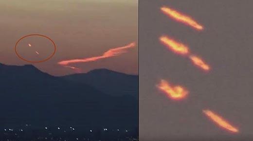¿Un extraño objeto en llamas cruzando el cielo y libera una cápsula de escape?