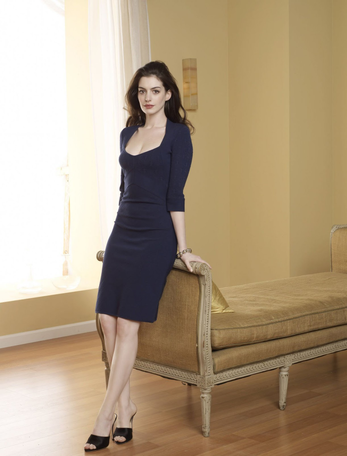 Anne Hathaway Pictures Gallery 19  Film Actresses-7378