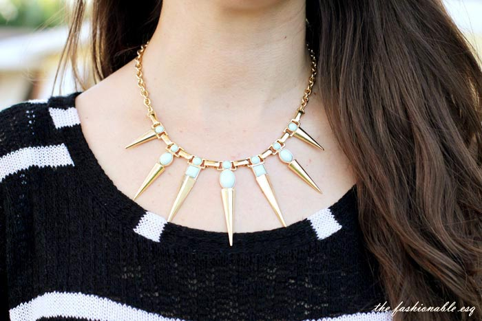 gold spiked nekclace