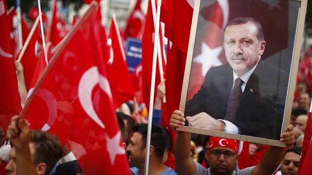 To πογκρόμ του Ερντογάν απειλεί το ίδιο του το κόμμα